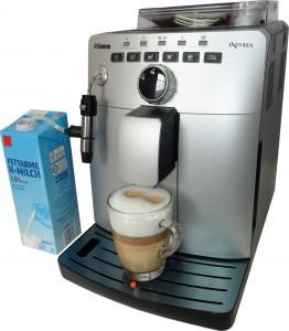 Philips Saeco HD8750 и пакет молока