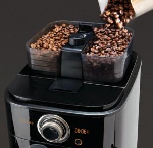 Филипс HD7762 отличается наличием таймера и двойного бункера для разного кофе