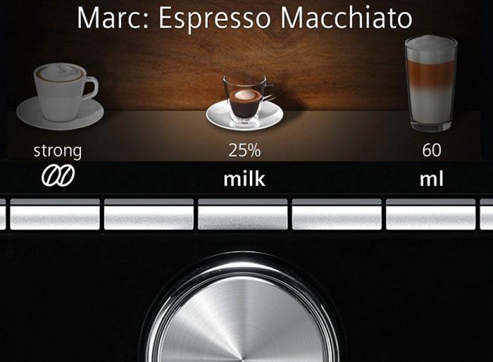 Панель управления и экран кофемашины Siemens TI903209RW