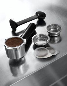 Рожок и фильтры кофеварки Delonghi EC 680