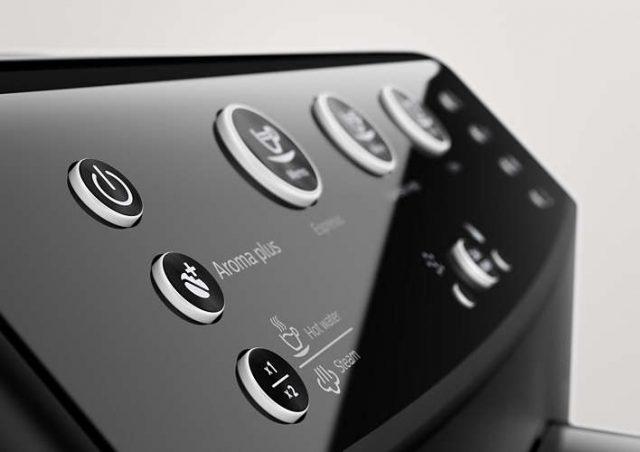 Наличие функции Aroma Plus, которая позволяет регулировать крепость кофе в двух режимах, - ключевое отличие новых моделей. Но единственное.