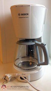 Белая капельная кофеварка Bosch TKA 3A031