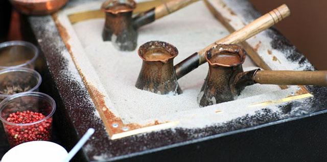 Ингридиенты для кофе в турке: кофе, вода, сахар, специи