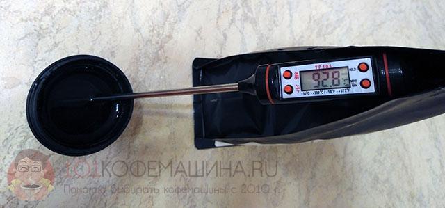 """Падение температуры происходит уже на этапе залива воды в """"бак"""" (Wacaco Minipresso GR)"""