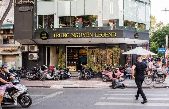 Trung Nguyen - не просто кофе, а целая коропорация из Вьетнама, управляющая сетью кофеен и прозводящая млотоый, зерновой и растворимый кофе